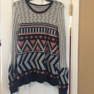 BKE sweater size L